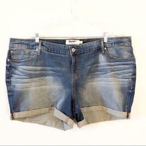 Torrid Jean Shorts Size 26W